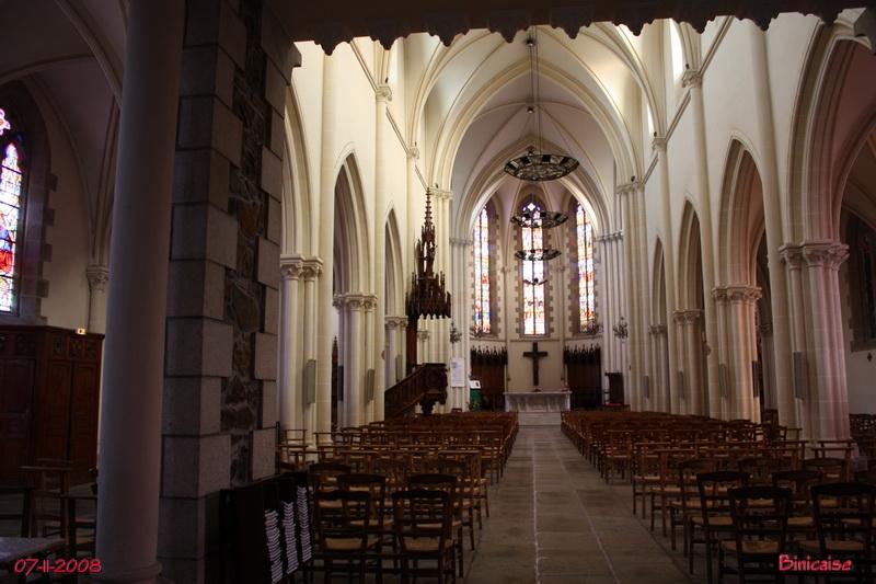 Saint Quay Portrieux. Eglise intérieur. dans Bretagne art_re19