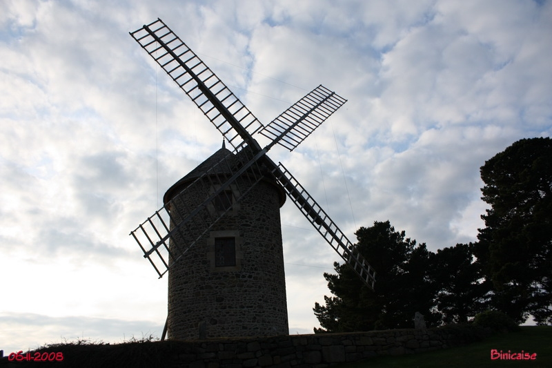 Moulin Saint Michel. dans Bretagne moulin10