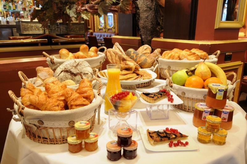 Souvent le petit déjeuner dominical - Page 2 XU57