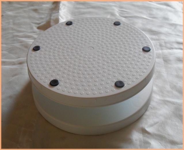 plateau tournant pour table de cuisine id e inspirante pour la conception de la. Black Bedroom Furniture Sets. Home Design Ideas