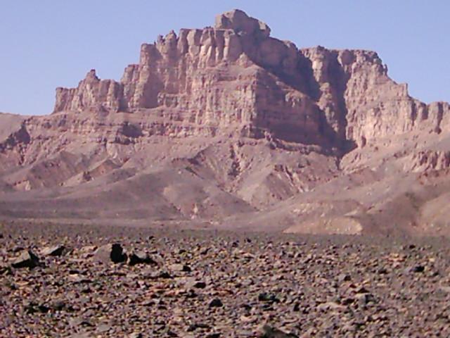 للجان مملكة 'أيندينان' بالصحراء الليبية tr2.gif