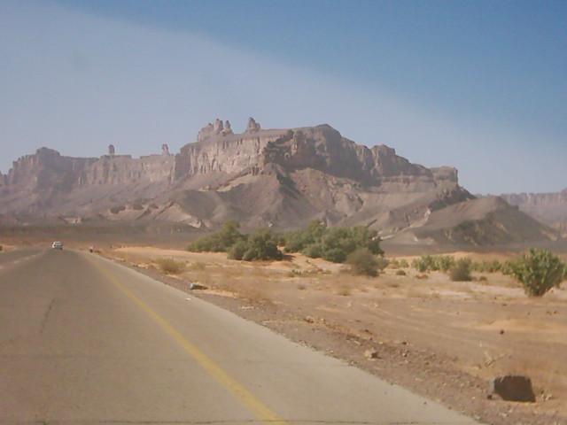 للجان مملكة 'أيندينان' بالصحراء الليبية aaaa310.jpg