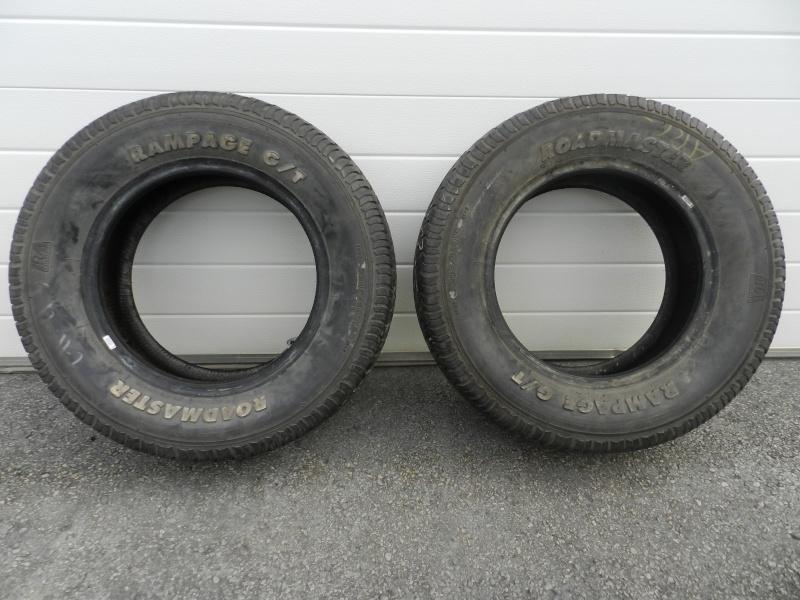 quelques nouveaux pneus lettr s blancs usag s a vendre. Black Bedroom Furniture Sets. Home Design Ideas