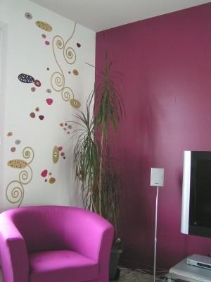 La recherche des couleurs de notre s jour salon meubles for Couleur papier peint salon