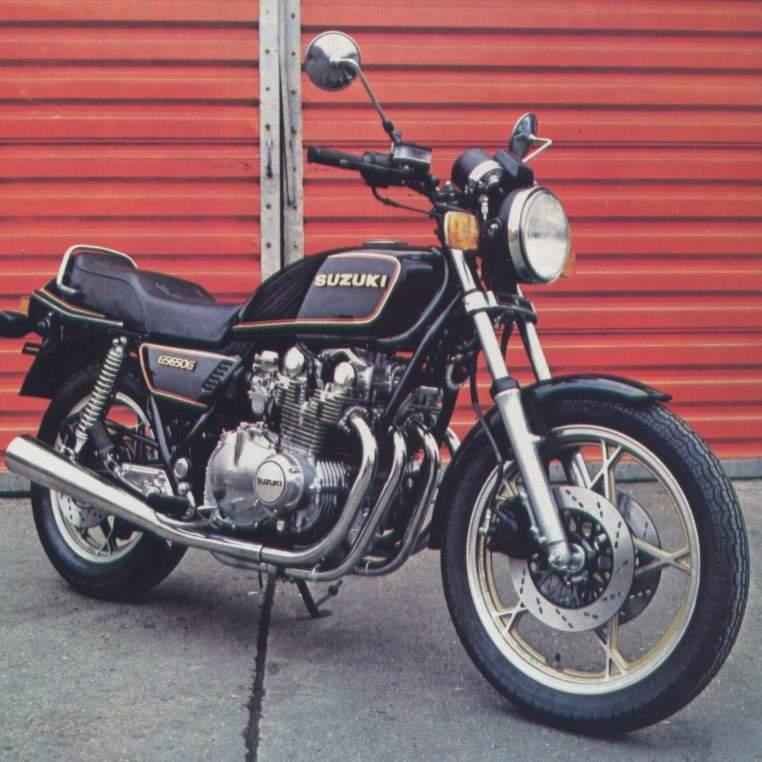 les motos du permis moto page 2. Black Bedroom Furniture Sets. Home Design Ideas