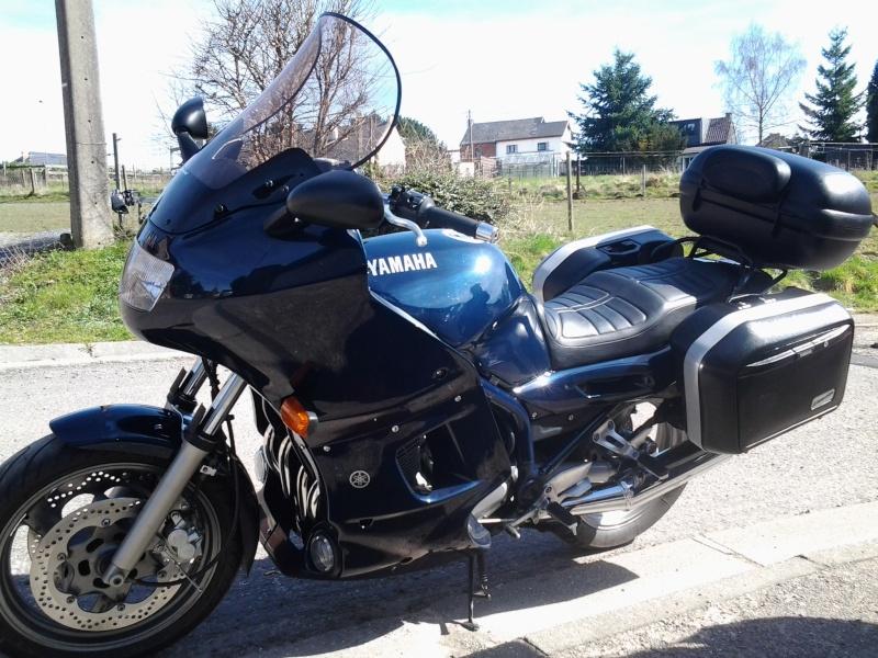 xj900s diversion une seule moto tant de possibilit s le b canoscope. Black Bedroom Furniture Sets. Home Design Ideas