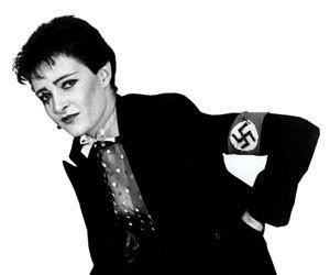 Susan Janet Ballion dite Siouxsie Sioux, addict à la croix gammée