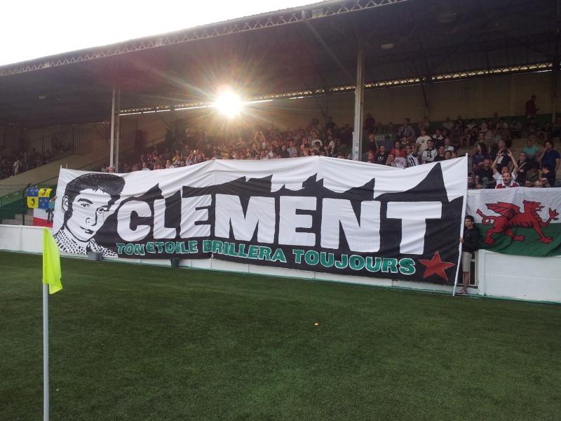 Hommage à Clément Méric de ses camarades supporters antifascistes du Red-Star